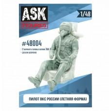 ASK48004 1/48 Пилот ВКС России (летняя форма)+декали