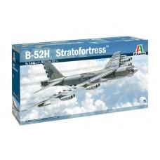 1442 ITALERI САМОЛЕТ B-52H STRATOFORTRESS масштаб 1/72