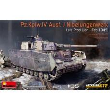 35342 Немецкий танк 1/35 Pz.Kpfw.IV Ausf. J Nibelungenwerk, поздняя версия зима 1945 год. Модель с полным интерьером.